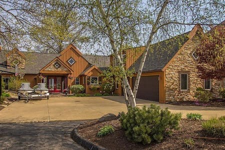 Lake Erie home available for RNC - Avon Lake