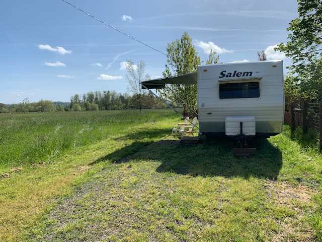 Bear Creek Camp Trailer with Equestrian Facilities