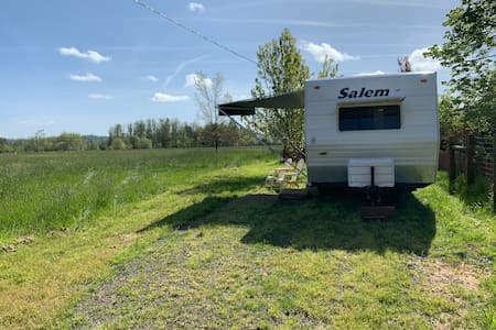 Bear Creek Camp Trailer with Equestrian Facilities