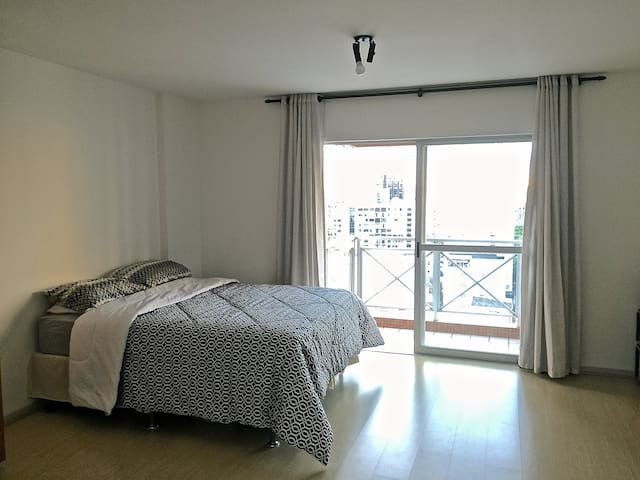 Central Loft - Great Location - Curitiba