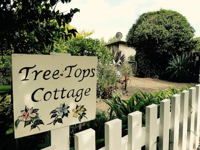 Tree Tops Cottage - Pakaraka