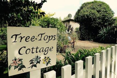 Tree Tops Cottage - Pakaraka