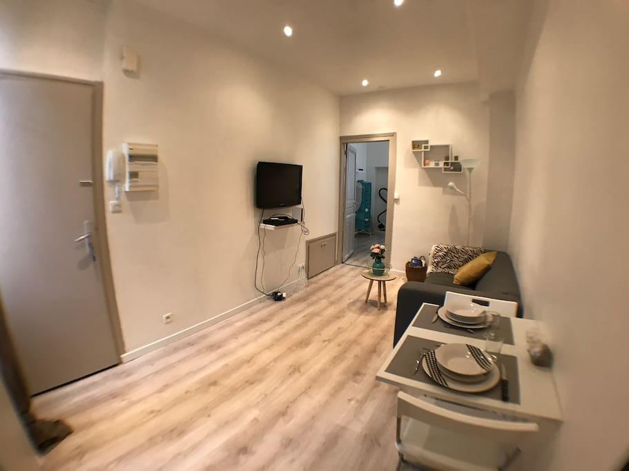 bel appartement renove quartier calme proche parcs appartements louer vichy auvergne. Black Bedroom Furniture Sets. Home Design Ideas