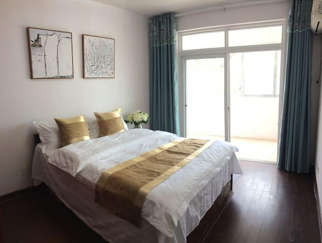 大床房1.5米带小阳台