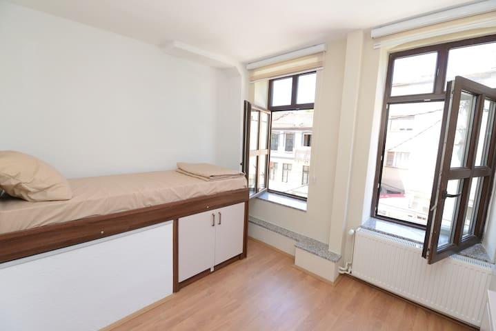 Stone Bridge Apartments (apartment No.1)