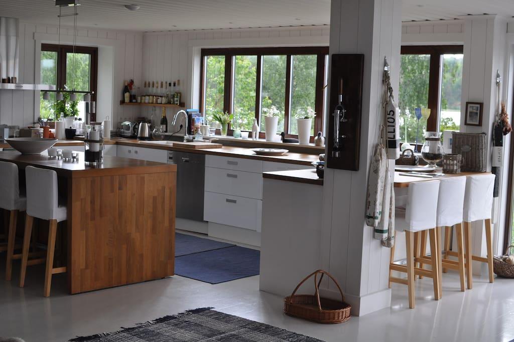 Öppen planlösning med underbart kök