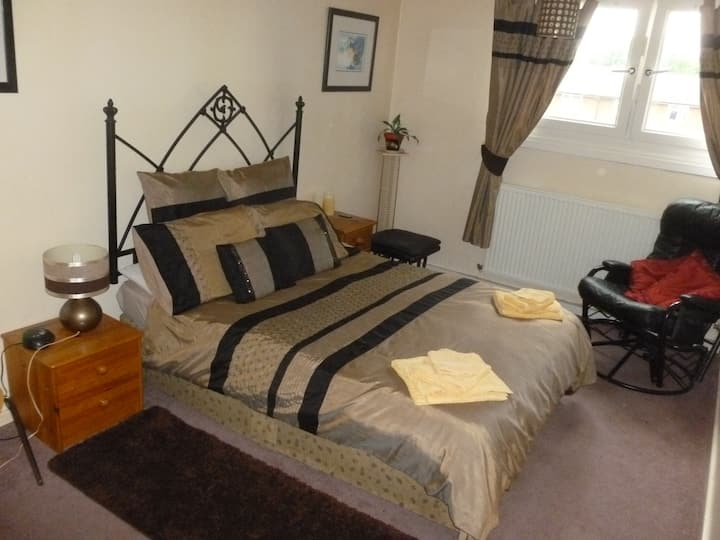 Catterick Garrison - Double Room in Appartment