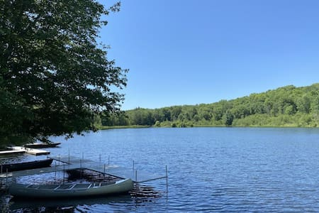 Pocono Mountain Cottage on Private 10 Acre Lake