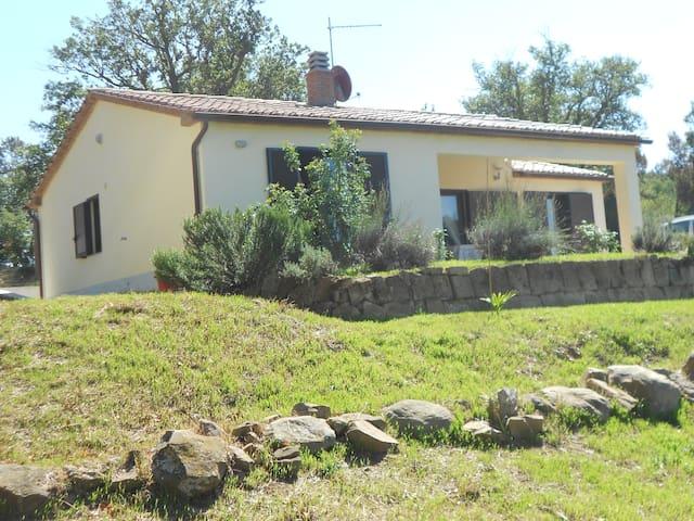 Toscana: Casa in Maremma con vista panoramica - Pancole - House