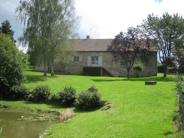 Longère proche SAULIEU - Champeau-en-Morvan - Haus