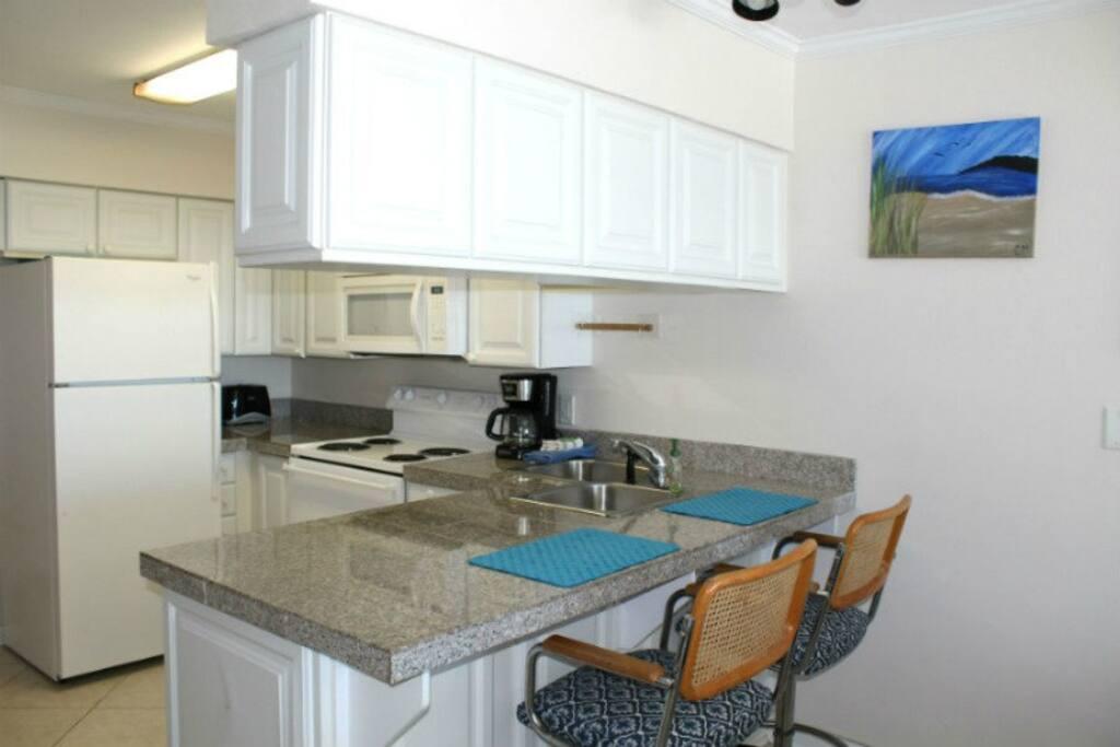 Breakfast nook/Kitchen