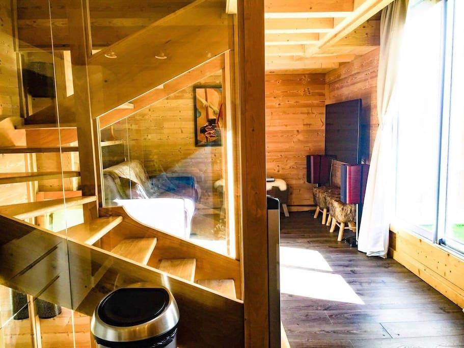 2è niveau : salon, cuisine, salle à manger, terrasse solarium