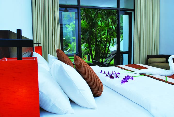 Luxury Double Room with Pool & Mountain View.