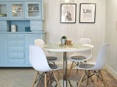 ★Gemütliche Wohnung mit Küche, WLAN, TV, Terrasse★