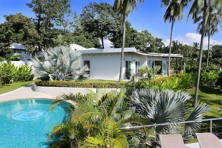 Amazing Feng Shui Villa 3-BR - Rawai - House