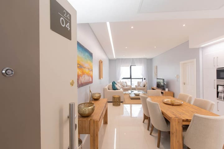 24th Floor furnished apartment with great views.
