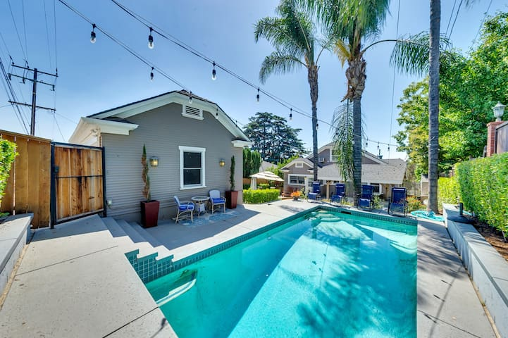 WORK- & FAMILY-FRIENDLY CRAFTSMAN DREAMHOME W/POOL