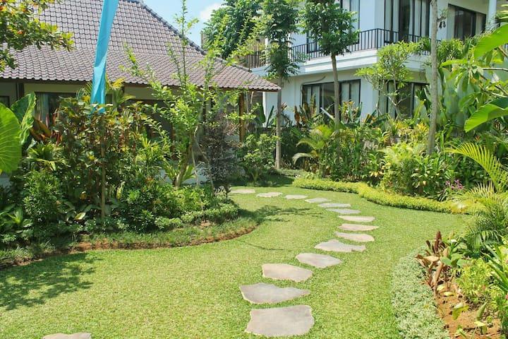 Cozy & Green Room at Bali Dream Resort