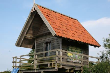 Berghütte an der Ostsee