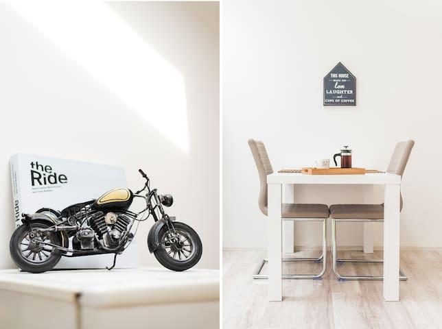 Brand new LOFT apartment - Brno - House