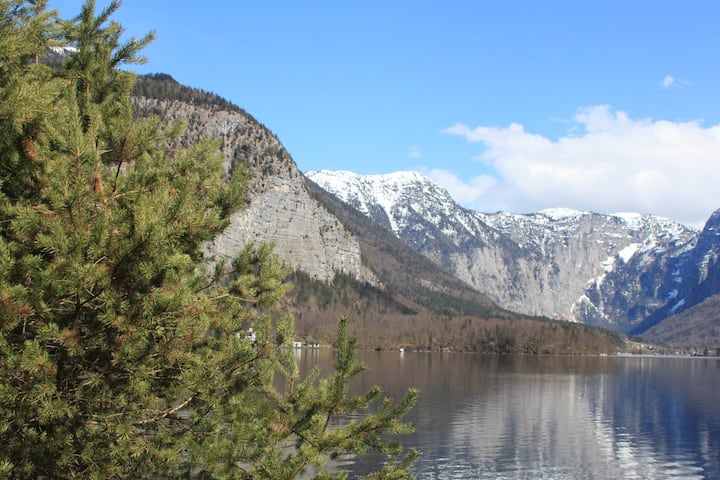 Double room, 5 min. drive from Hallstatt
