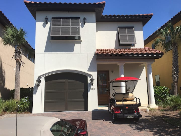 Gorgeous new Resort Home golf cart loaded pets yes