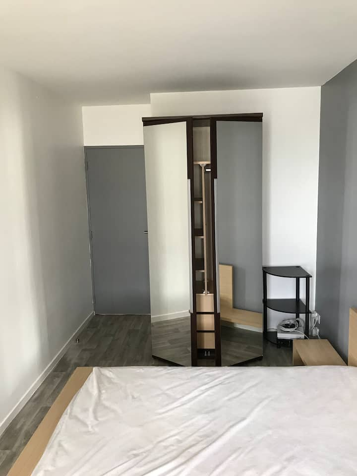 Appartement 50 m2, en 2 chambres privées