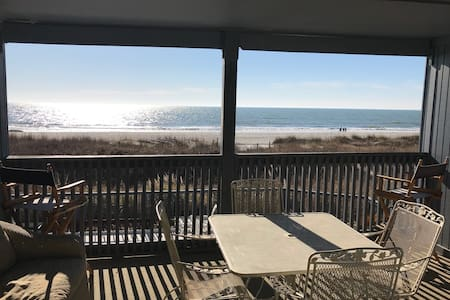 Oceanfront Condo With a Spectacular View!