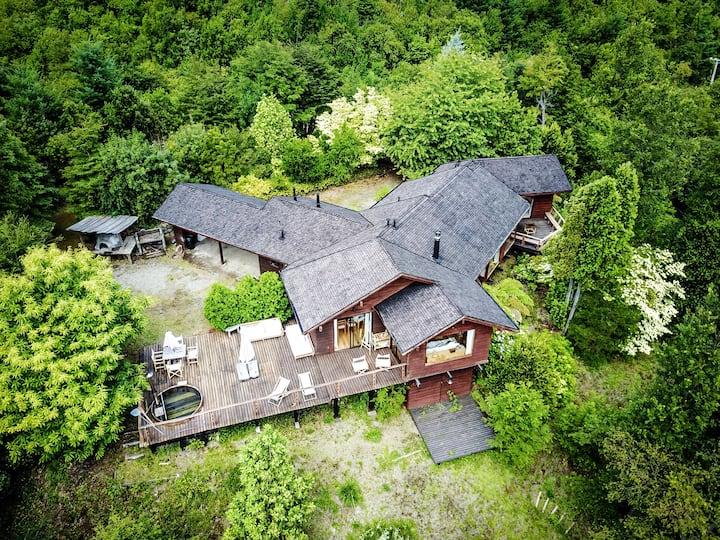 Casa condominio privado con vista a lago y volcán