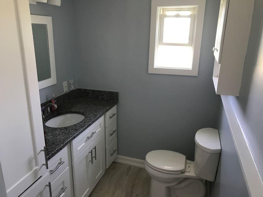 Bathroom 8/1