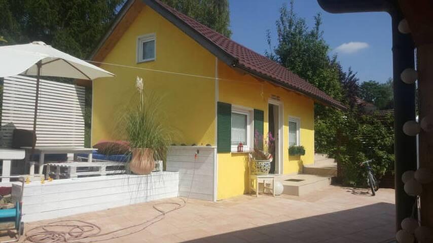 Villa Rosa...Gästehäusle 20qm eigenes Bad / Küche