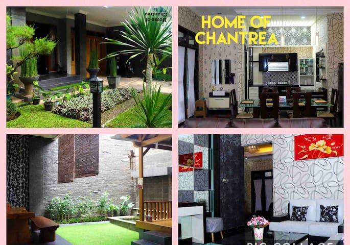 Home of Chantrea-Bandung-AC 4BR--Karaoke-Wifi-bbq