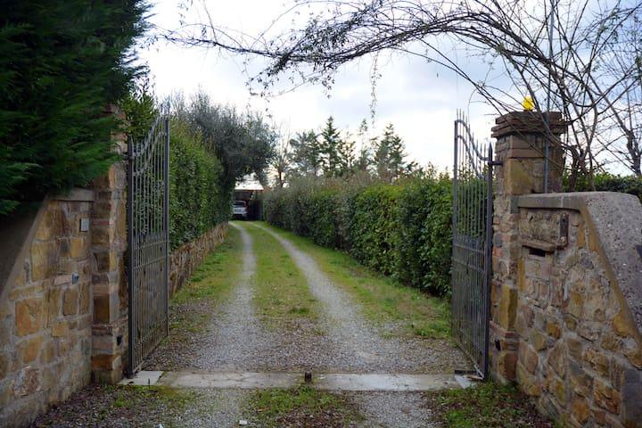 Nel cuore del Chianti tra Firenze e Siena - Barberino Val D'elsa - Hus