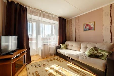 Апартаменты на Шварца 14, студия - Yekaterinburg