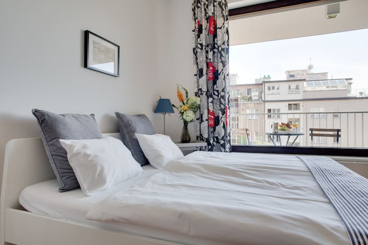 Apartment & beautiful terrace in secured residence