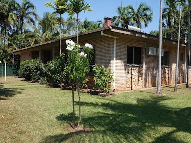 Close to Beach, Markets and Pool - Nightcliff - Casa
