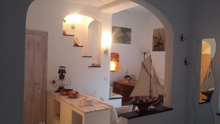 ..20 meters from the sea and harbor - Portofino - Apartment