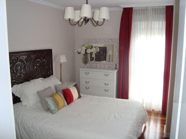 Precioso apartamento junto a Bilbao - Laudio - Квартира