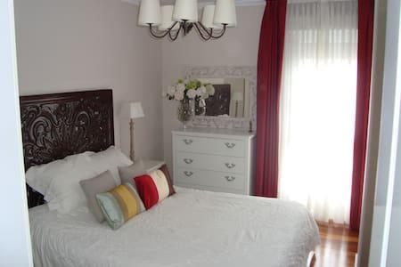 Precioso apartamento junto a Bilbao - Laudio - Appartement