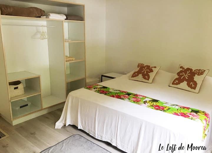Tiahura belle chambre à louer grand Loft équipé