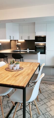 Brussels - cosy appartement near metro station