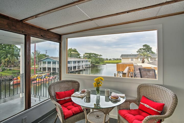 Waterfront Slidell Home on Bayou w/ Boat Slip!