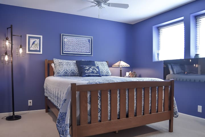 Get a great night's sleep on a queen-size bed.  Sterns & Foster mattress and a 2-inch memory foam topper.   100% cotton sheets. Ironed pillow cases.   Our guests love this bed!
