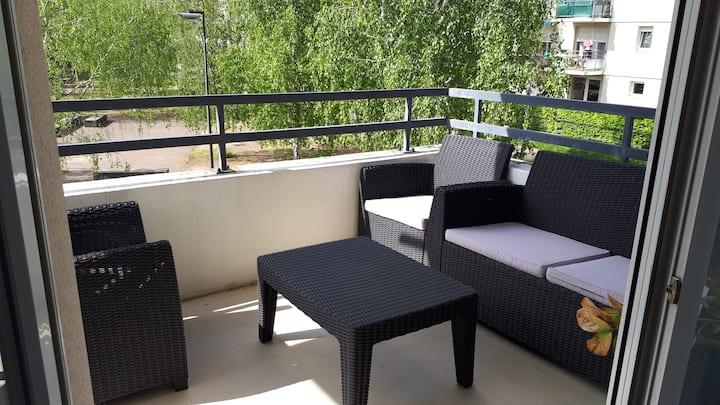 Appart. 60m²  Strasbourg terrasse parking privé