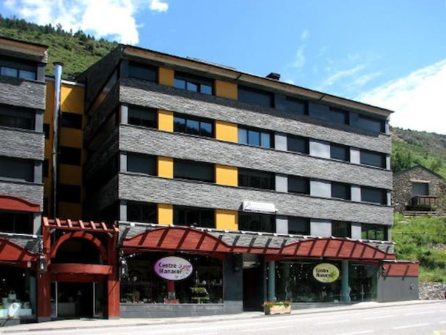 La Merceria 3000 Apartamento 6/8 - El Tarter - Leilighet