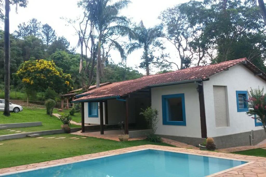 S tio m e terra cottages louer brumadinho minas for 5 mobilia place gnangara