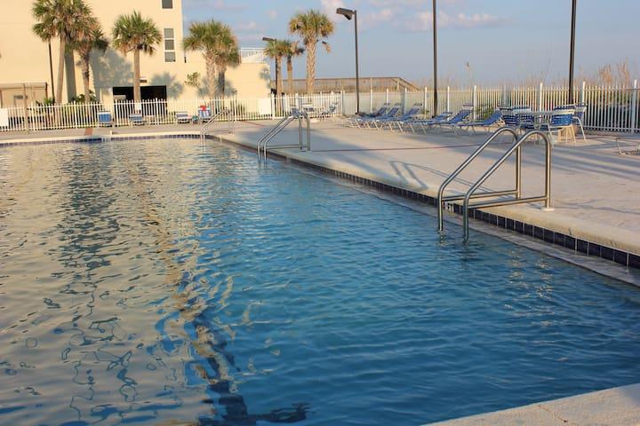 204 - Cozy Pensacola Beach Condo by Gulf Life
