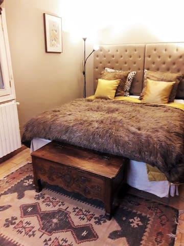 Bedroom 2  (bed 160x200)