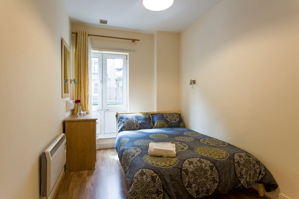 Double room walking distance to all sights appartements for Chambre hote dublin