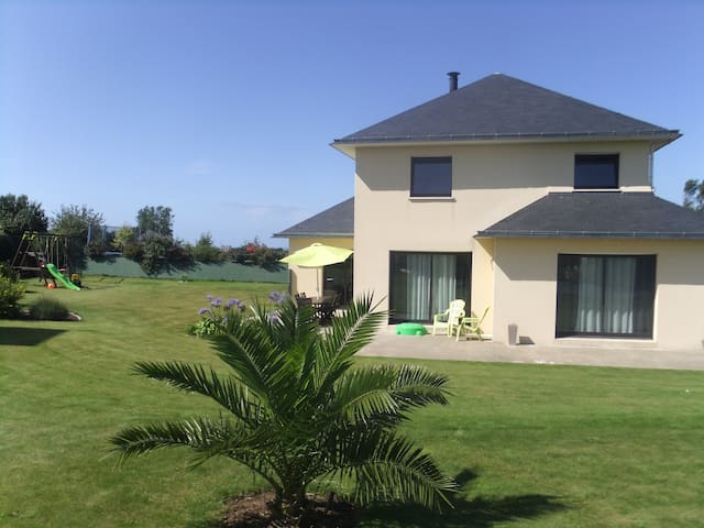 Maison à 5 min des plages de sable fin - Plounévez-Lochrist - Teljesen felszerelt lakás